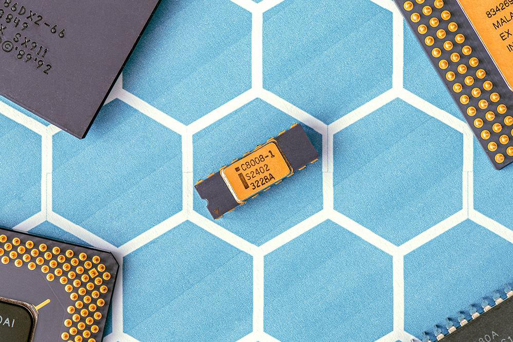 Der er chips i alt. Eksempelvis har din bil 50-150 chips afhængig af model. Nu bliver armaturer også påvirket af Chip-krisen. Billede: Jonas Svidras